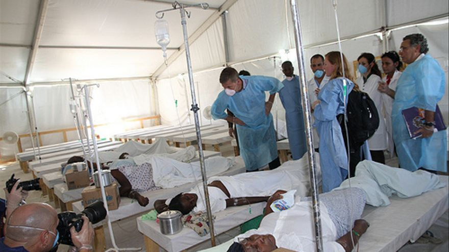Enfermos de cólera en Puerto Príncipe, capital de Haití. / Utenriksdept