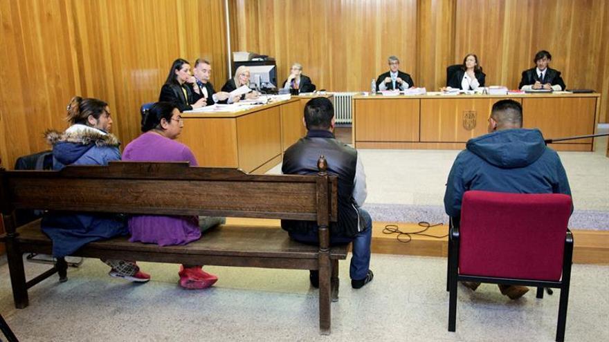 Condenan a 35 y 36 años a dos acusados de secuestrar a indigentes en A Coruña