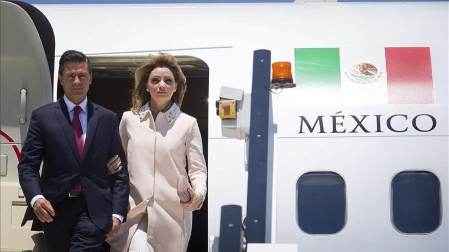 Peña Nieto y su esposa, en la mira por su patrimonio en medio de protestas