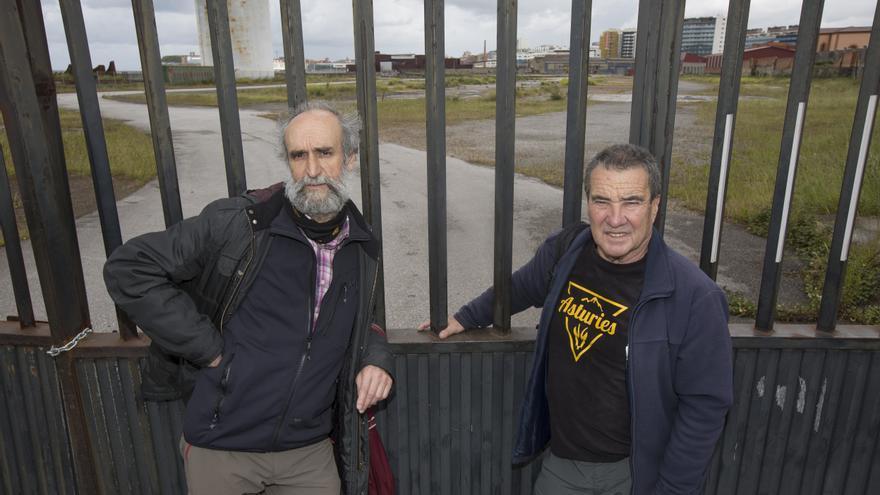 Cándido y Morala, frente a los terrenos del antiguo astillero de Naval Gijón