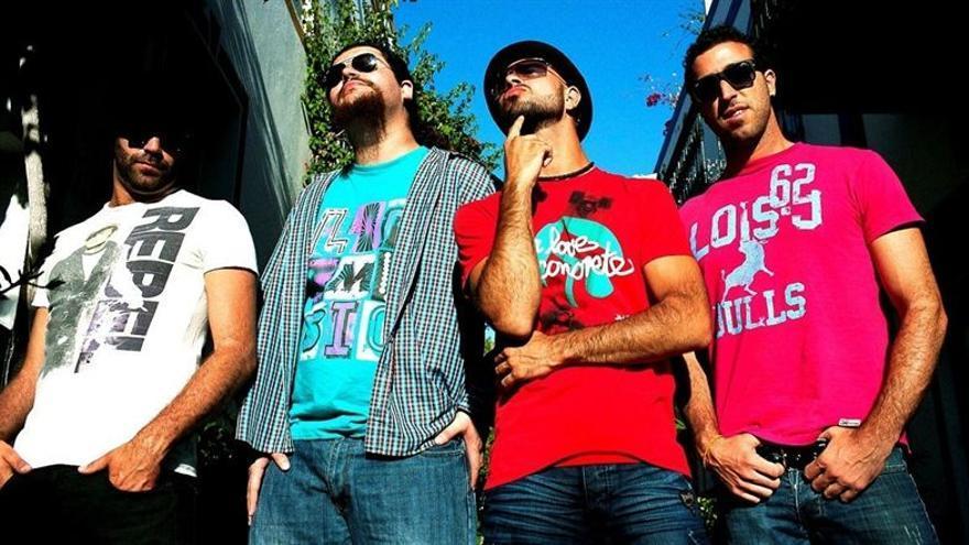 El grupo canario, Efecto Pasillo.