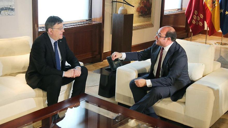 El president de la Generalitat, Ximo Puig, se ha reunido con el presidente murciano, Pedro Antonio Sánchez