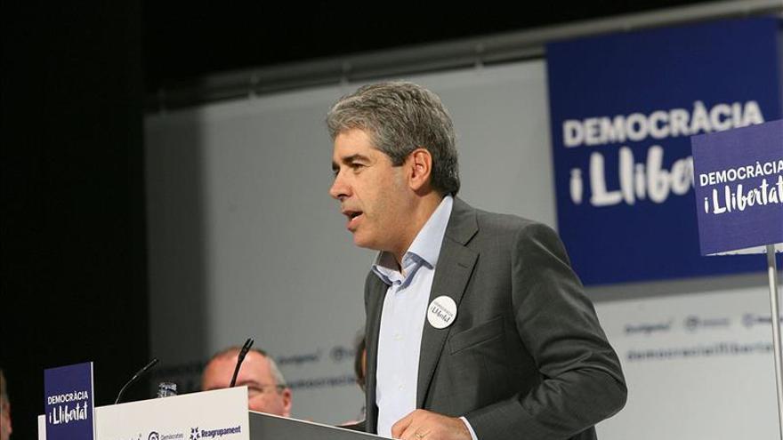 Homs acusa a la CUP de retrasar el proceso y critica su simpatía por el chavismo