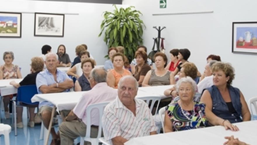 Mayores en el centro de Mazarrón