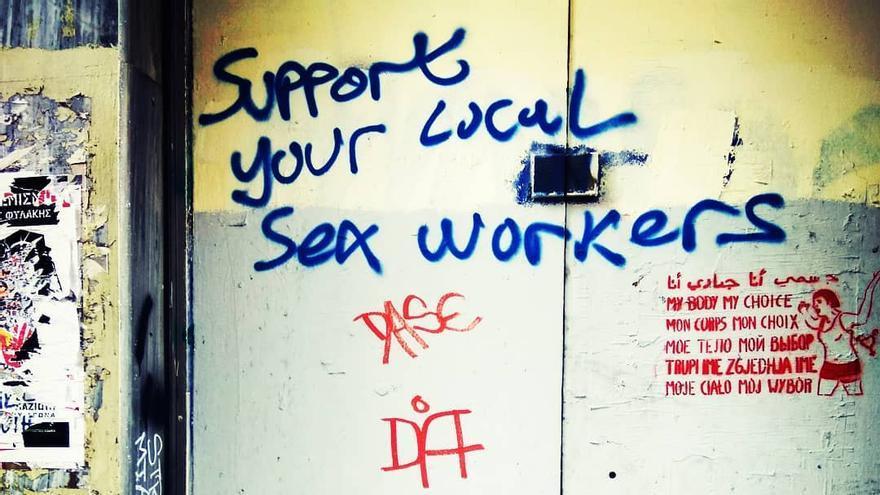 `Support your local sex worker´, avenida Stornari (Atenas)