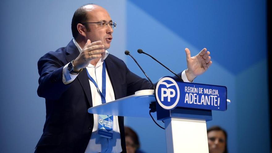"""Pedro Antonio Sánchez: """"Hay políticos que quieren entrar en el Gobierno por las alcantarillas de la democracia"""""""
