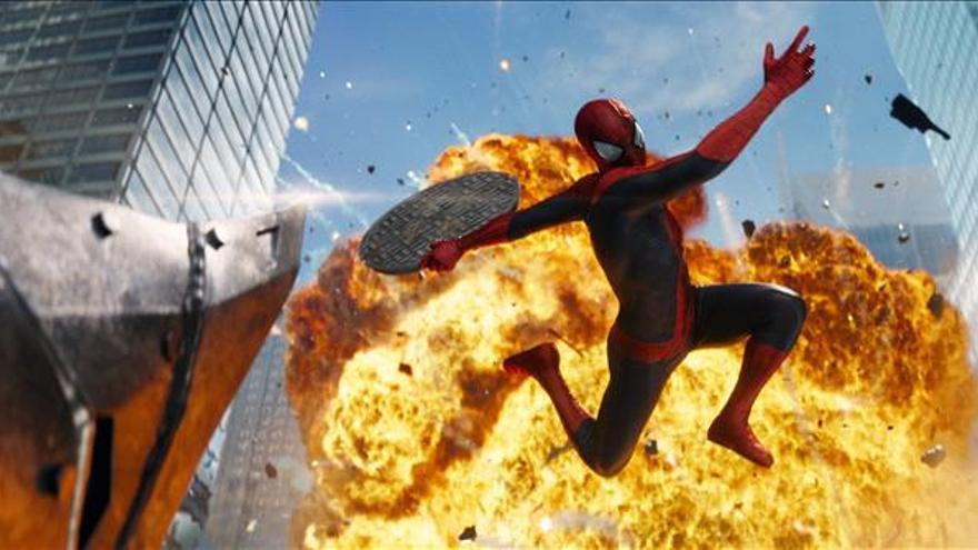 """""""The Amazing Spider-man 2"""", un superhéroe superado por la vida cotidiana"""
