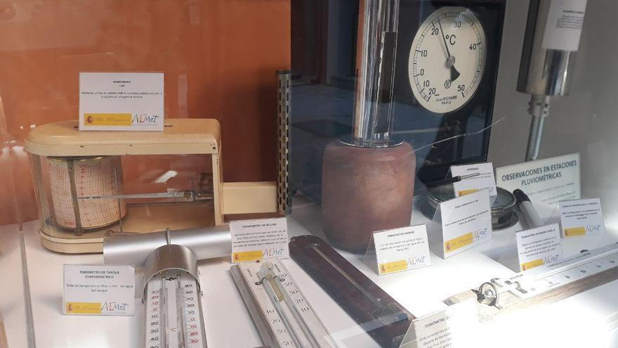 Algunos instrumentos meteorológicos de la exposición