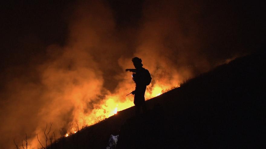 Fotograma de La Vida en Llamas, documental sobre incendios forestales
