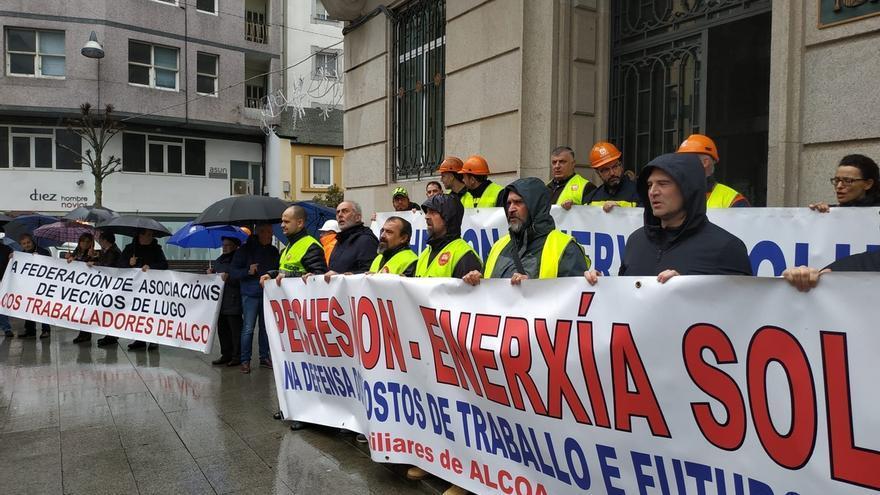 """Alcoa convoca este jueves a trabajadores de San Cibrao para abordar medidas ante su situación """"insostenible"""""""