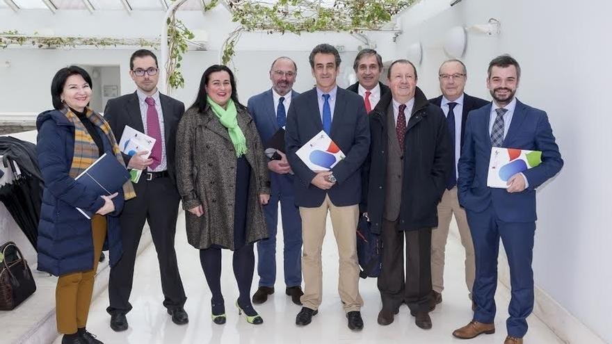 """PP ve ingresos """"inflados hasta la estratosfera"""" en Industria y Podemos, """"chorreo de dinero a empresas públicas"""""""