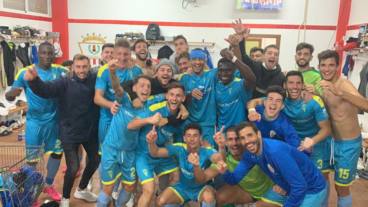 El Algeciras celebra un triunfo esta temporada