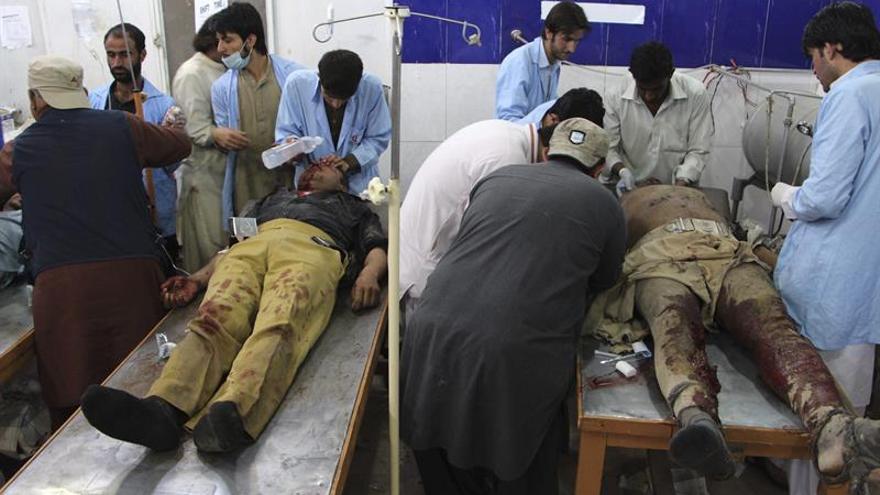 Dos muertos y cinco heridos en un ataque cerca de una universidad en Pakistán