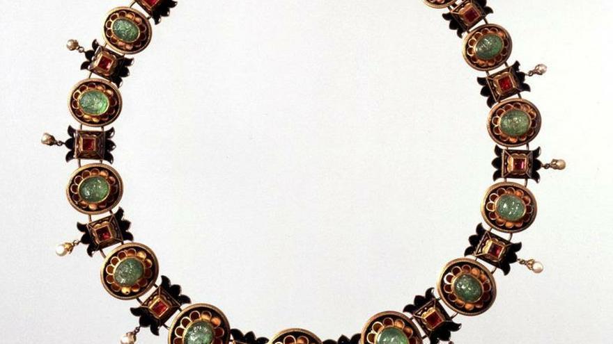 114d3f2896a8 Italia recupera las joyas robadas en el clamoroso asalto al Museo Etrusco