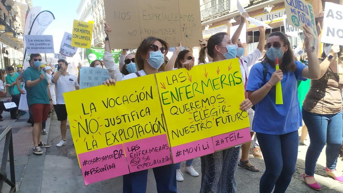 Protesta de sanitarios este jueves en Madrid.