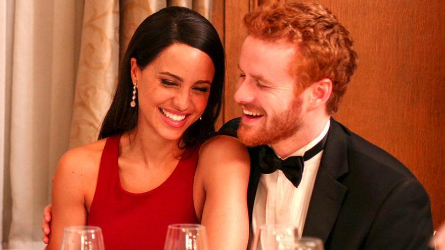 Parisa Fitz Henley y Murray Fraser, como Meghan y Harry