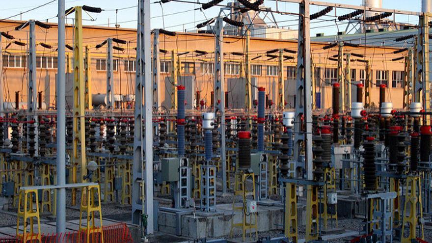 Las eléctricas ofrecen a los consumidores sus propias instalaciones domésticas de energía fotovoltaica