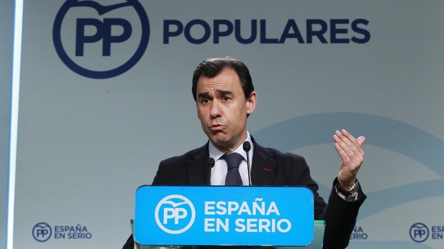 """El PP ve al PSOE dispuesto a """"arrodillarse"""" ante Iglesias y pide a Sánchez un rechazo """"rotundo"""" al referéndum"""