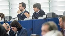 Puigdemont y Comín, en sus escaños del Parlamento Europeo
