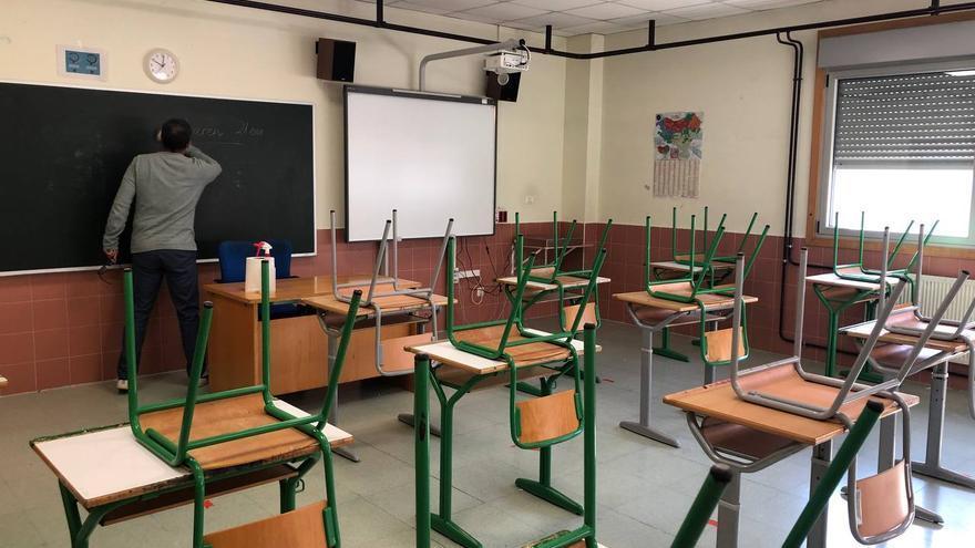 Aula del instituto Antigua Luberri de Donostia, lista para el comienzo de curso