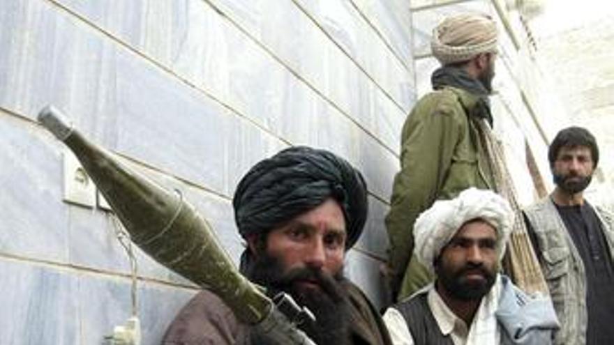 Imagen de archivo de un grupo de talibanes. (EUROPA PRESS)