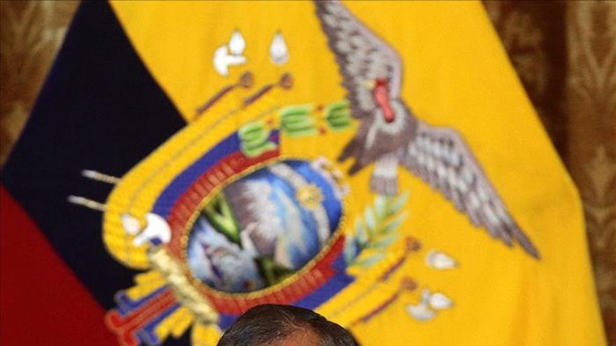 Correa dice que el fin de la fumigación con glifosato en Colombia es una gran noticia para Ecuador