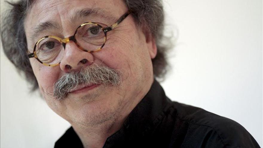 """Alberto Corazón afirma que vivimos unos años de """"esplendor de la mediocridad"""""""