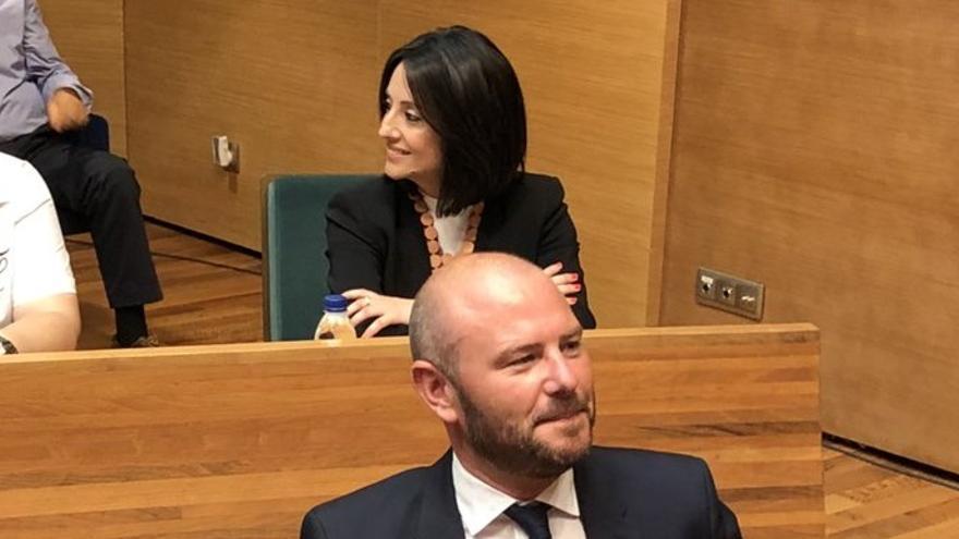 Rebeca Torró en su escaño en la Diputación de València, justo tras el presidente Toni Gaspar