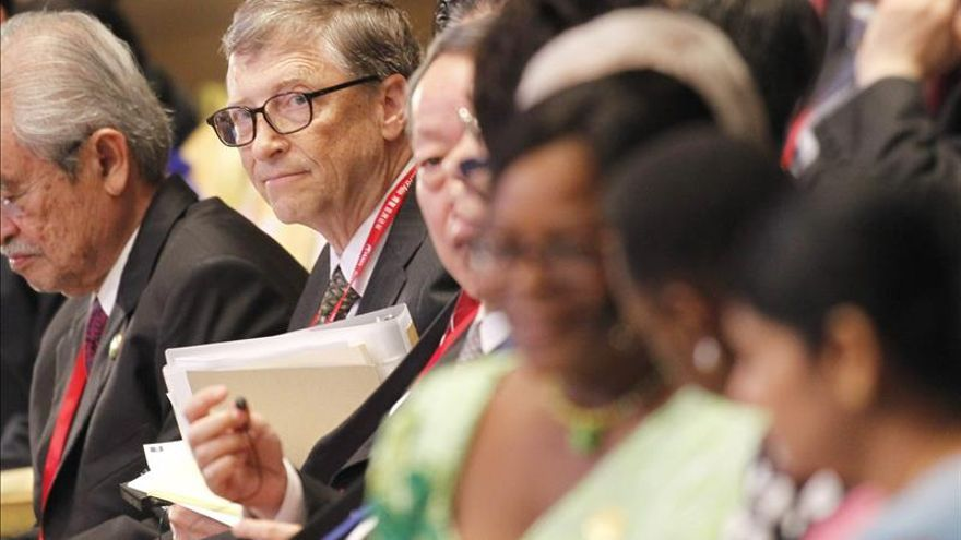 Bill Gates y el presidente chino se reúnen en el marco del Foro de Boao
