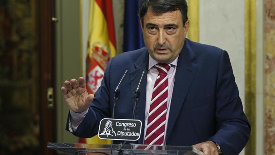 """El PNV, """"cabreado"""" con Rajoy por """"pasarse de frenada"""" con la unidad de España"""