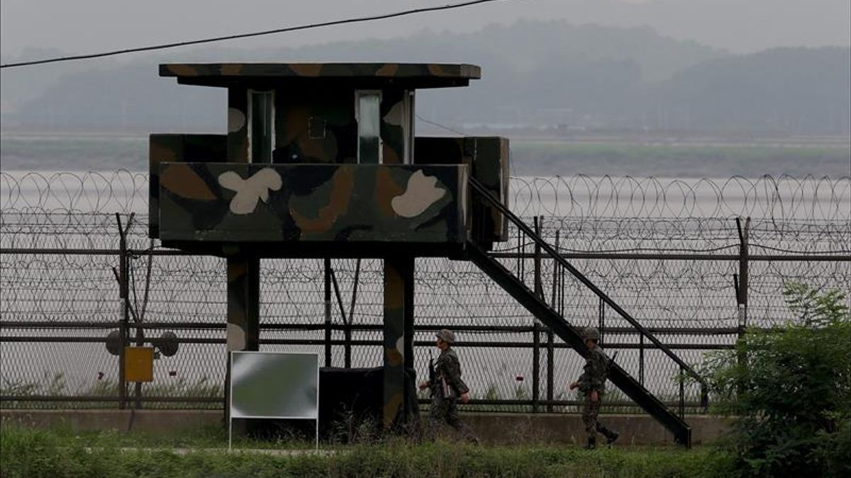 Mujeres activistas cruzan la frontera Coreana al Sur para promover la paz