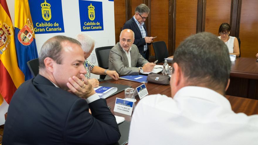Mesa Insular de Corporaciones Locales.