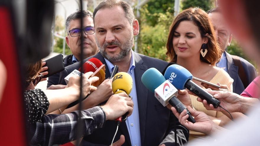 Ábalos dice que el PSOE no pactará con Bildu en Navarra