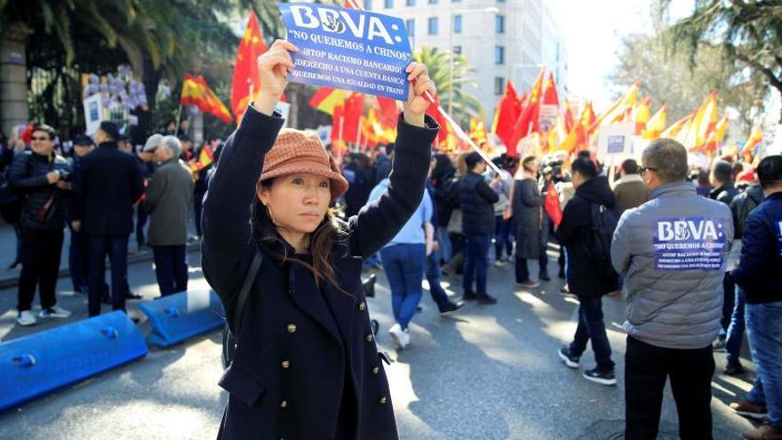 """La Embajada china asegura que los bancos han actuado con """"discriminación"""""""