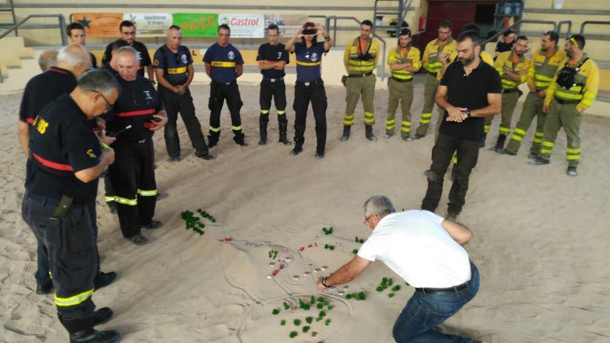 En el simulacro han participado profesionales de diversos cuerpos de seguridad y emergencias de la Isla.