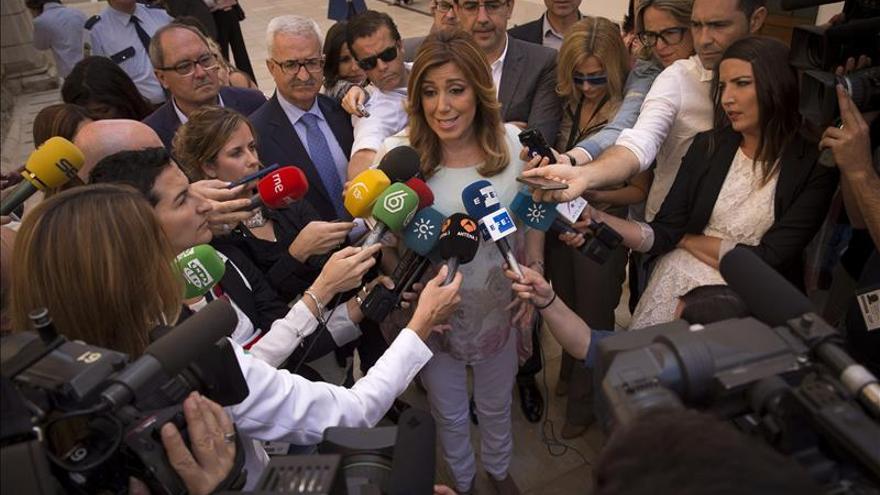 """Díaz dice que la situación """"es surrealista y empieza a rozar el ridículo de cuatro partidos"""""""