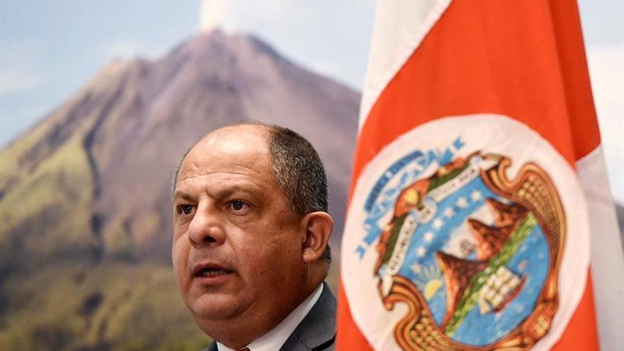 """El presidente de Costa Rica """"preferiría"""" que el Reino Unido siguiera en la UE"""
