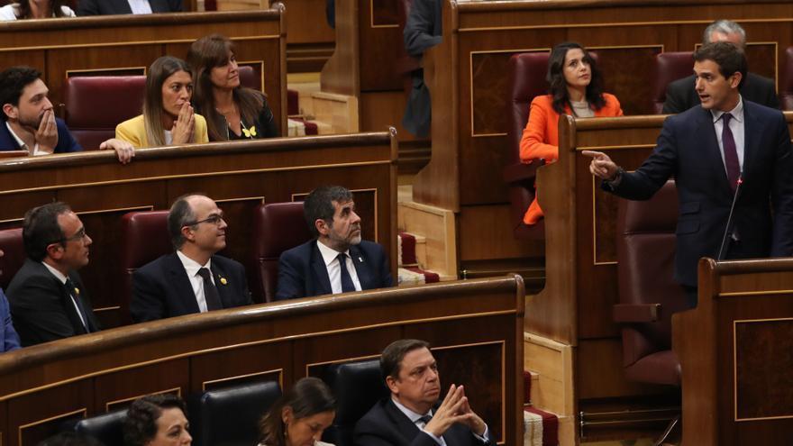 Albert Rivera se queja de la fórmula de acatamiento de la Constitución de los diputados independentistas.