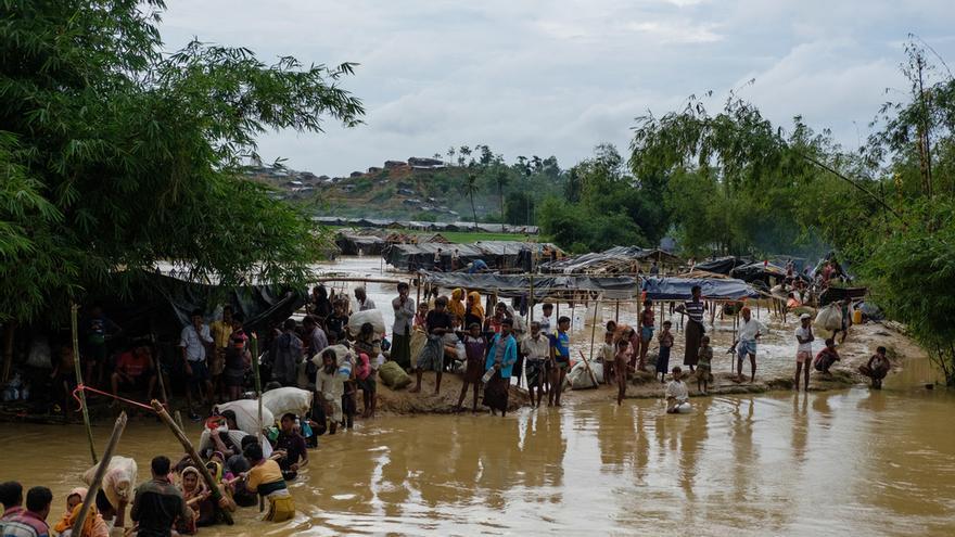 Después de una ola de violencia dirigida contra los rohingya, más de 530,000 personas huyeron a Bangladesh desde el estado de Rakhine en Myanmar desde el 25 de agosto.