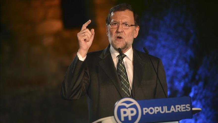 """Rajoy insta a los partidos a buscar """"lo que nos une"""" sin """"debates estériles"""""""