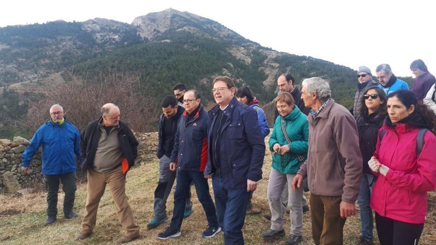 El president Ximo Puig y el conseller Vicent Marzà en el Penyagolosa