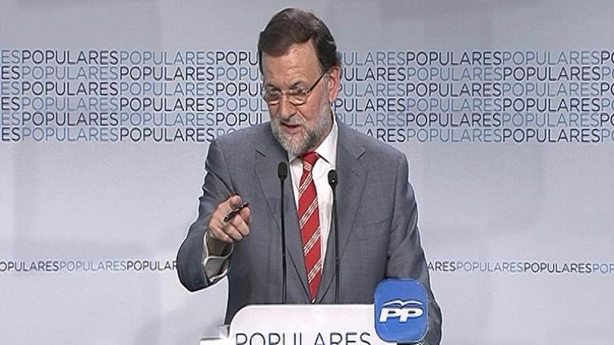 Rajoy no se plantea cambios en el PP pero admite que tienen que ser más cercanos y comunicar mejor