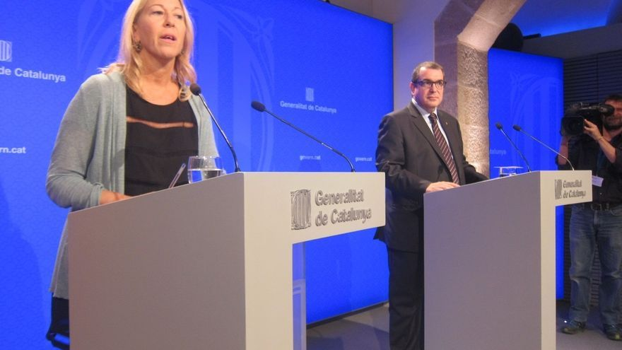 """El Govern promete """"culminar"""" el proceso y evita avanzar el discurso de Puigdemont"""