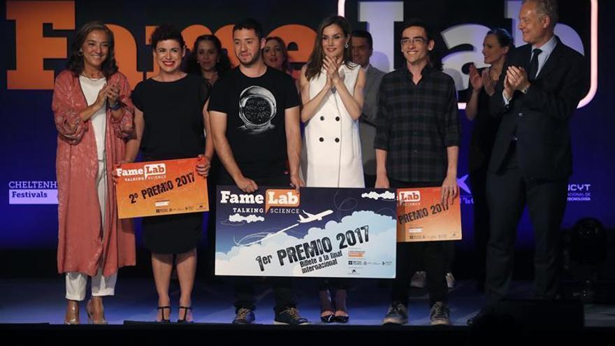 El extremeño Pedro Pajares gana el concurso de monólogos científicos