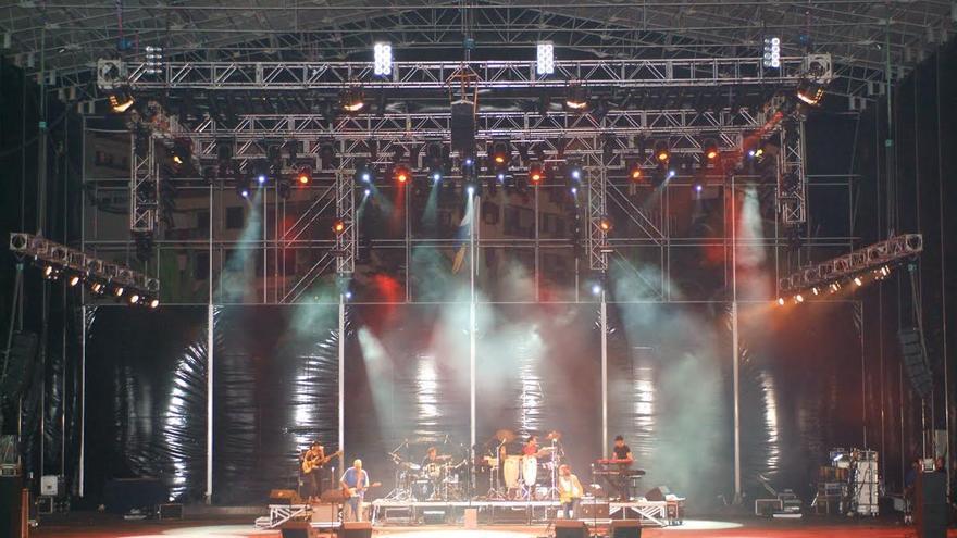 Imagen de archivo del concierto de Jarabe de Palo en La Bajada 2005.