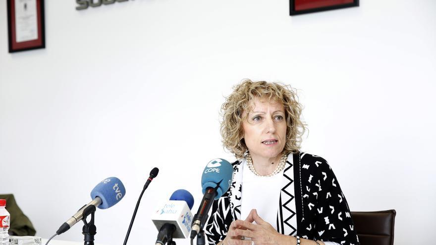 La vicepresidenta durante la rueda de prensa en la que ha explicado cuáles van a ser los ejes de crecimiento económico de Cantabria. | LARA REVILLA.