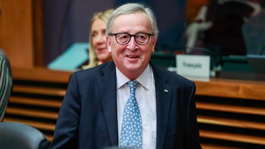 """La UE ofrece aclaraciones mientras espera al voto del """"brexit"""" en Londres"""