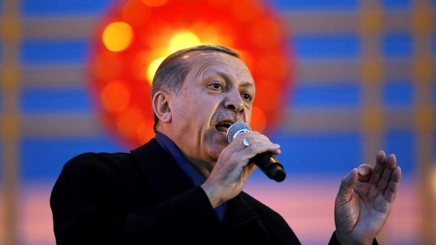 Turquía prorroga tres meses más el estado de emergencia vigente desde julio