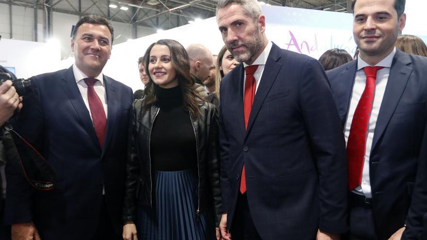 """Arrimadas dice que Sánchez quiere hacerle un """"traje a medida"""" a Junqueras con el Código Penal y """"ya no engaña a nadie"""""""