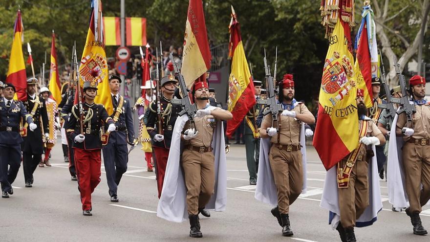 Destacamentos militares en el día de la Fiesta Nacional